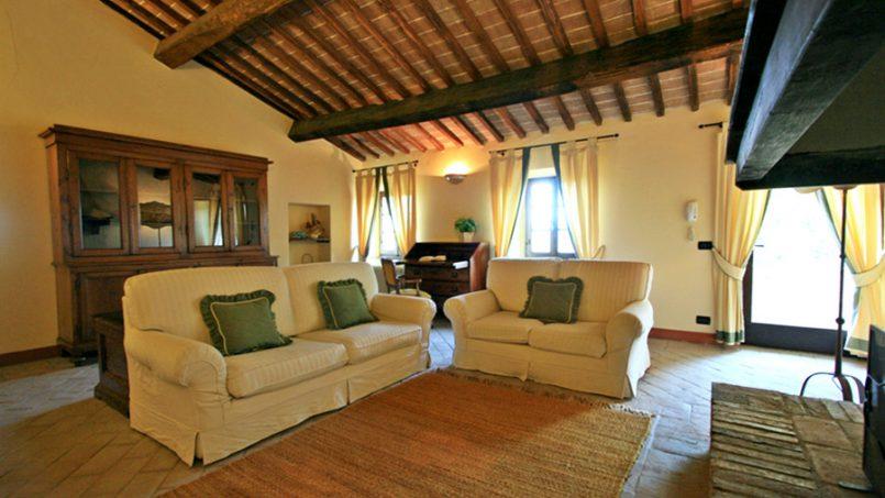 Stone farmhouse Villa Montebello Tuscany Montalcinello 91