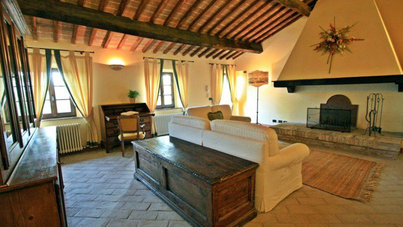 Stone farmhouse Villa Montebello Tuscany Montalcinello 92