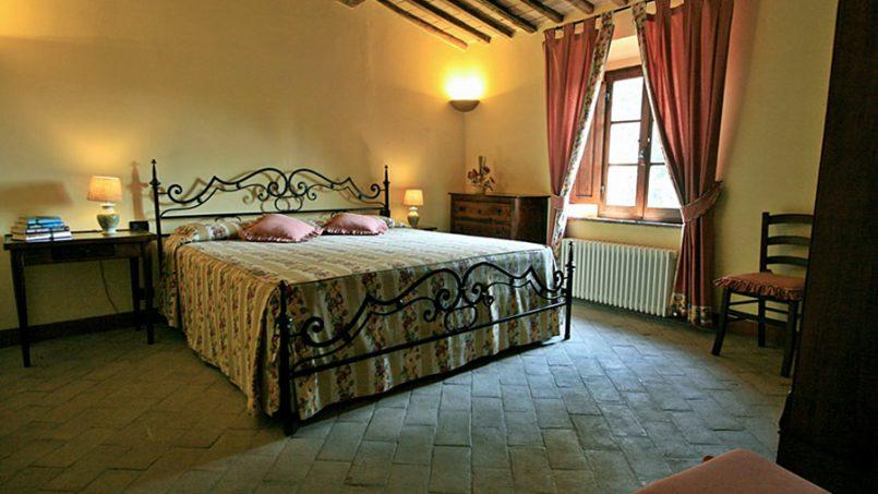 Stone farmhouse Villa Montebello Tuscany Montalcinello 98