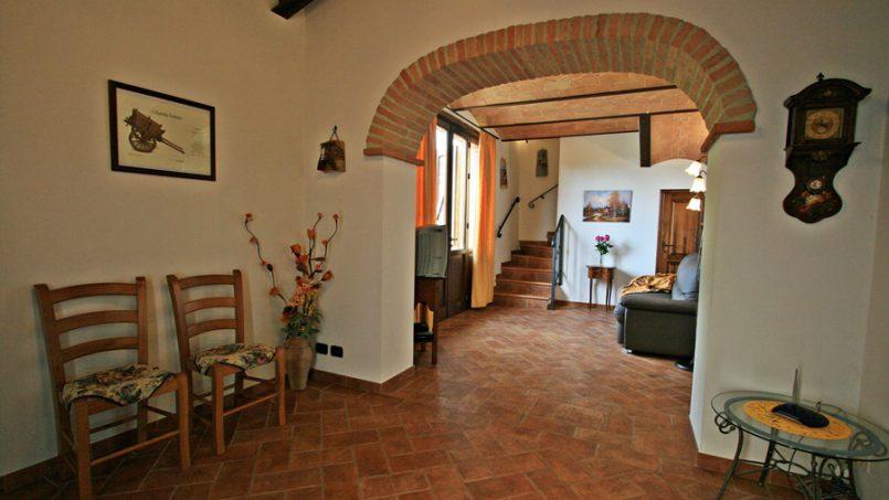 Stone built Villa Casavico Tuscany Siena 1