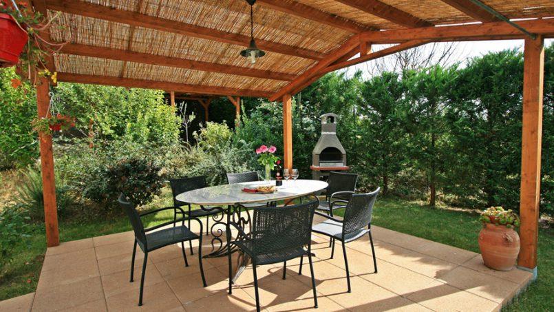 Stone built Villa Casavico Tuscany Siena 9