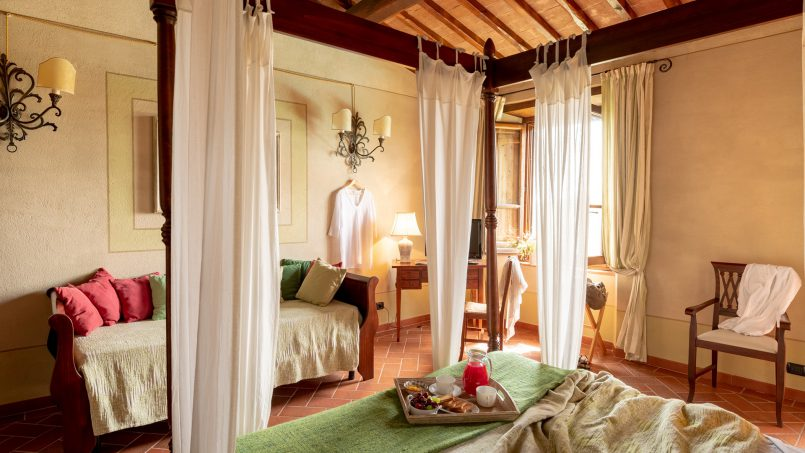 Built in stone house Villa Giovanna Tuscany Bucine 15