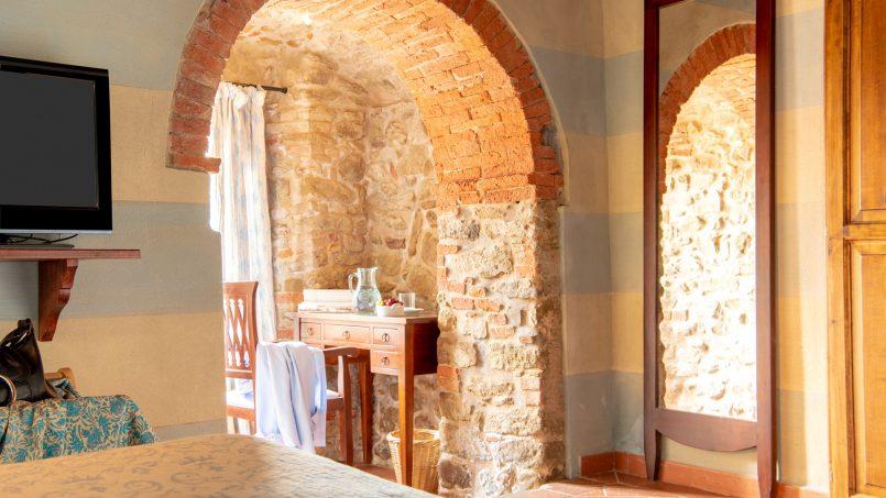 Built in stone house Villa Giovanna Tuscany Bucine 18