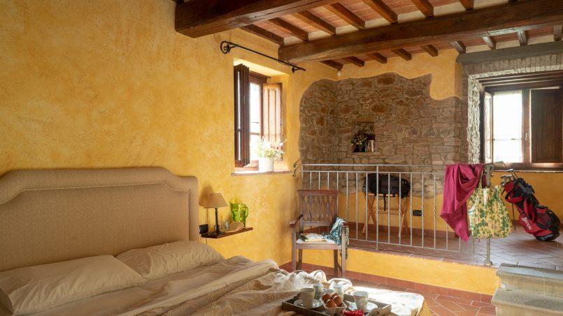 Built in stone house Villa Giovanna Tuscany Bucine 21
