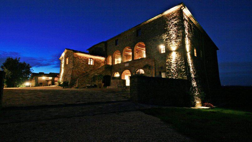 Historic building Villa Lavanda Tuscany Radicondoli 1-2