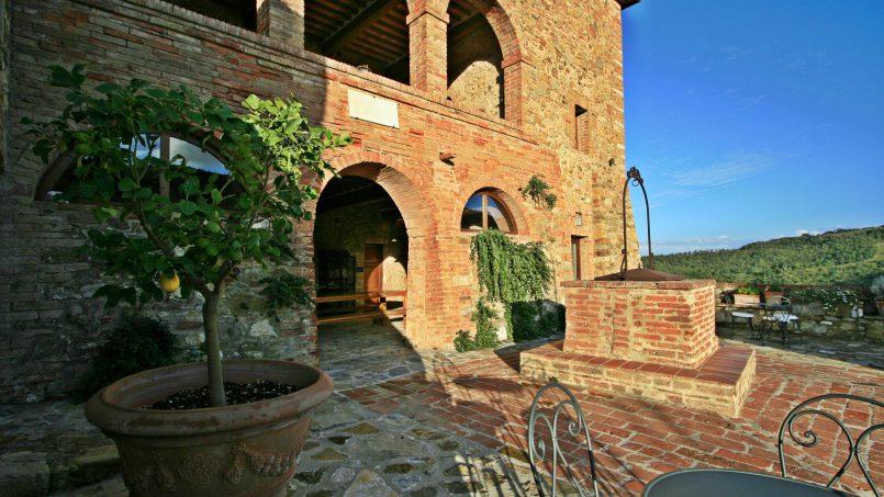 Historic building Villa Lavanda Tuscany Radicondoli 16