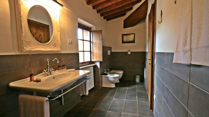 Historic building Villa Lavanda Tuscany Radicondoli 79