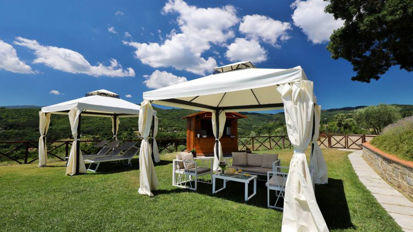 Hillside farmhouse Villa Romena Tuscany Poppi 11