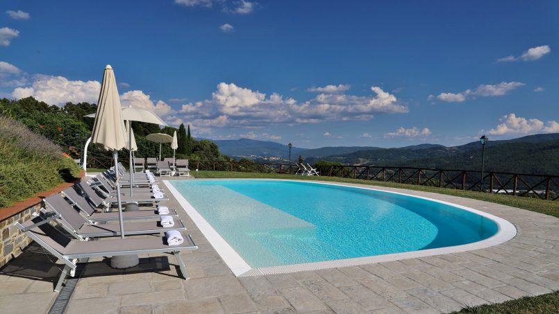 Hillside farmhouse Villa Romena Tuscany Poppi 14