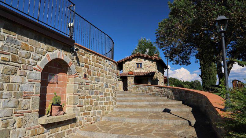 Hillside farmhouse Villa Romena Tuscany Poppi 18