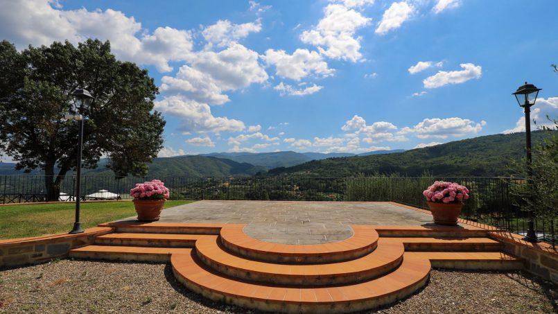 Hillside farmhouse Villa Romena Tuscany Poppi 2