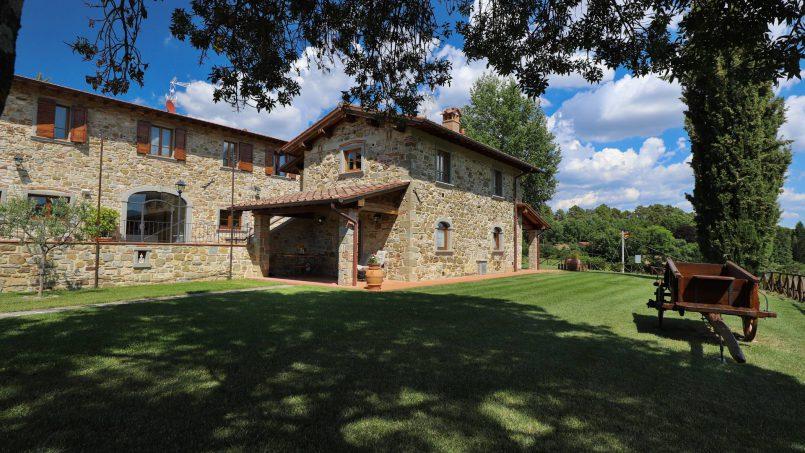 Hillside farmhouse Villa Romena Tuscany Poppi 23
