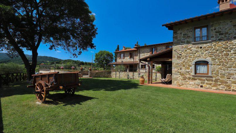 Hillside farmhouse Villa Romena Tuscany Poppi 26