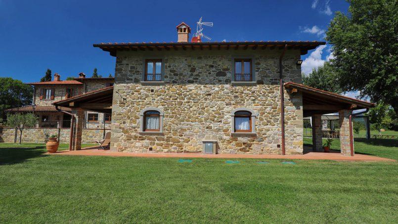 Hillside farmhouse Villa Romena Tuscany Poppi 27
