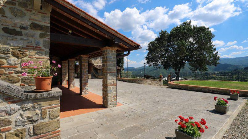 Hillside farmhouse Villa Romena Tuscany Poppi 30