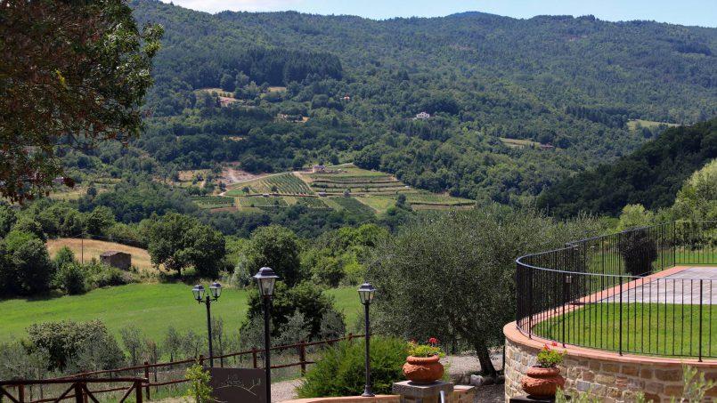 Hillside farmhouse Villa Romena Tuscany Poppi 31