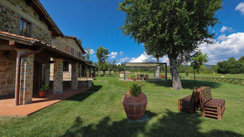 Hillside farmhouse Villa Romena Tuscany Poppi 34