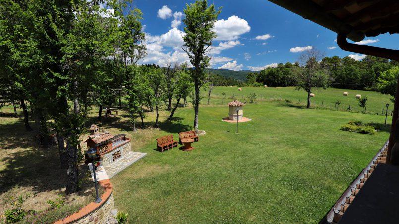 Hillside farmhouse Villa Romena Tuscany Poppi 48