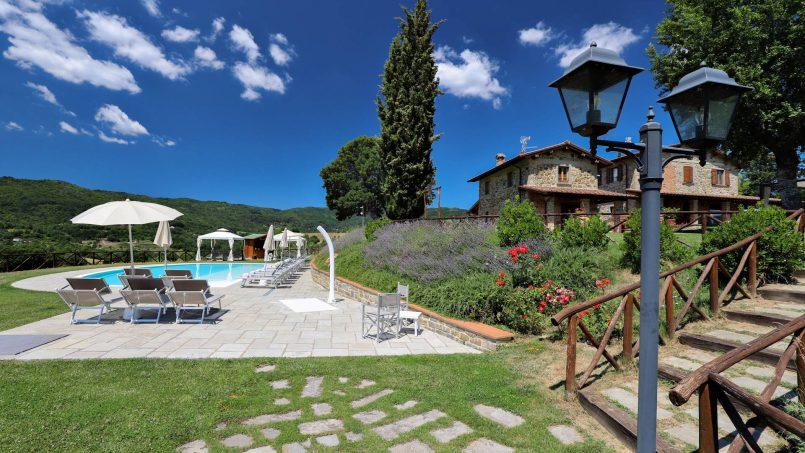 Hillside farmhouse Villa Romena Tuscany Poppi 5