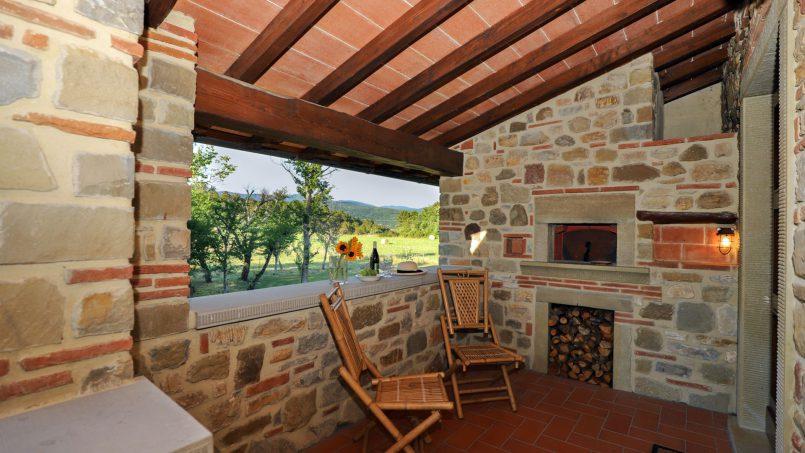 Hillside farmhouse Villa Romena Tuscany Poppi 79