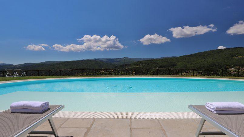 Hillside farmhouse Villa Romena Tuscany Poppi 9