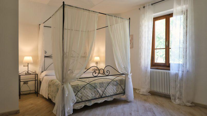 Hillside farmhouse Villa Romena Tuscany Poppi 90