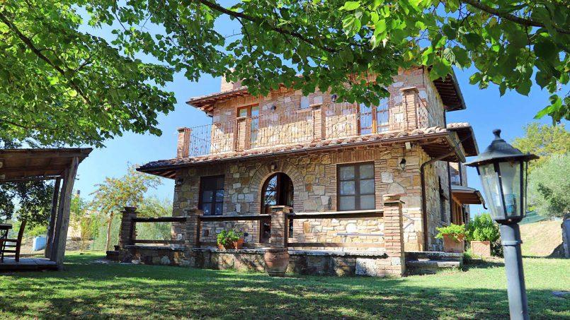 Ancient farmhouse Spinobianco Tuscany Chianciano 3