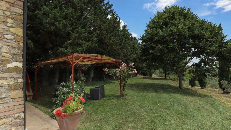 Hillside stone built La Ripa Tuscany Belforte 22