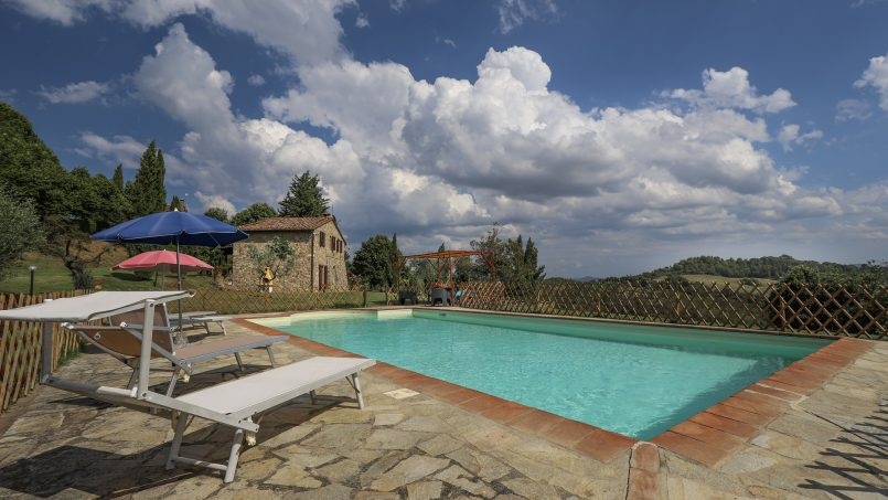 Hillside stone built La Ripa Tuscany Belforte 29