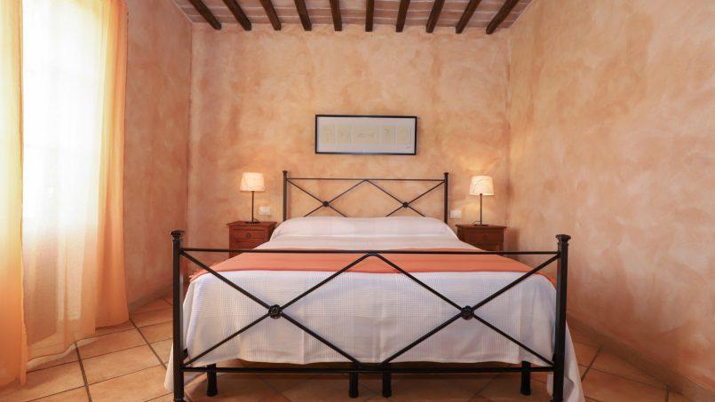 Hillside stone built La Ripa Tuscany Belforte 3