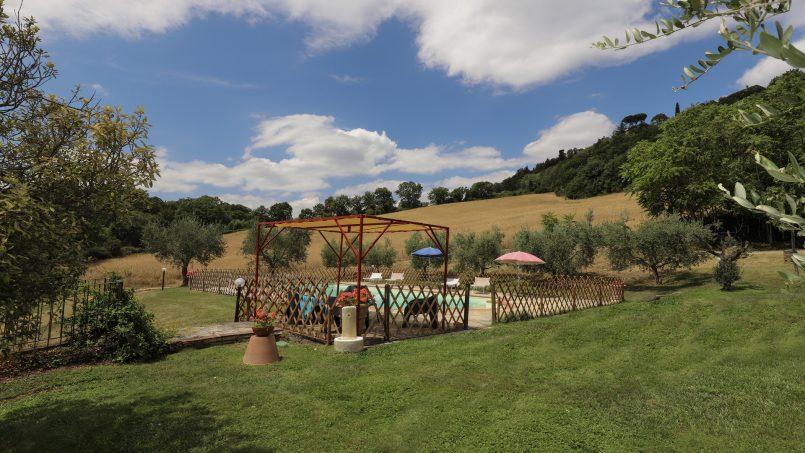 Hillside stone built La Ripa Tuscany Belforte 33