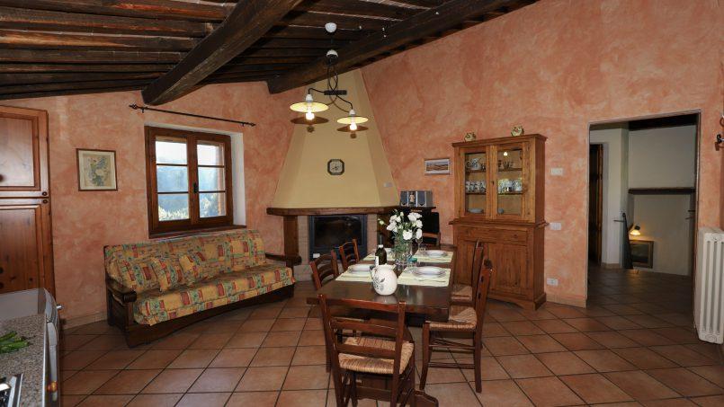 Hillside stone built La Ripa Tuscany Belforte 49