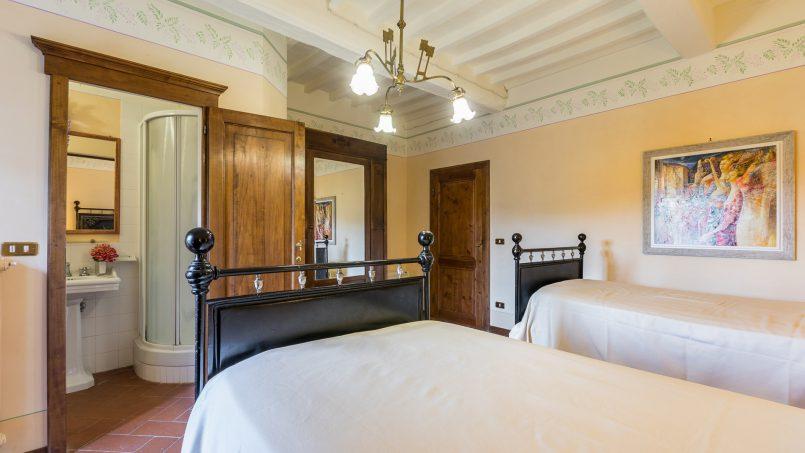 Tuscan luxury Villa Cerfone Monterchi Arezzo 53