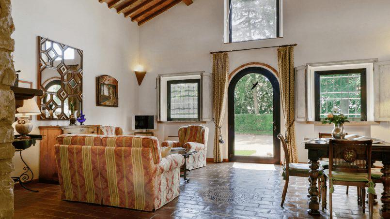 Detached farmhouse Villa Neva Tuscany Florence 11