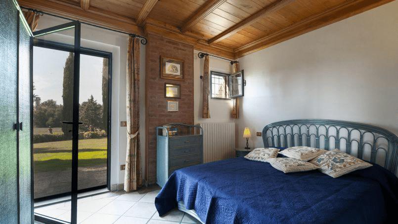 Detached farmhouse Villa Neva Tuscany Florence 36
