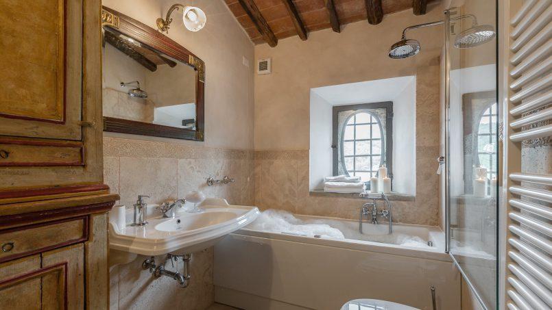 Tuscan luxury Villa Nevola Monsummano Terme 48